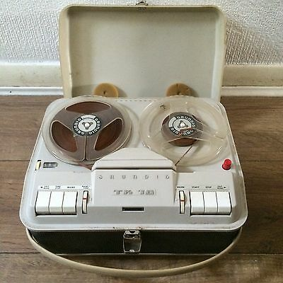 Grundig TK18 Reel to Reel Tape Recorder+Vintage Mics+Manuals. Not 100% working