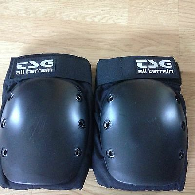 TSG All Terrain Safety Knee Pads Size  M