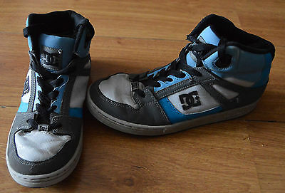Children's Blue Black White Grey Dc Skate Trainers In Size Uk 6