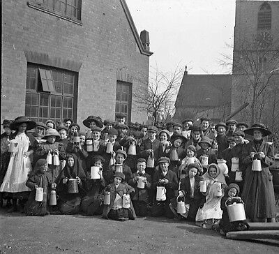 Photographic Glass Stereo Negative School Children With Milk Cans London 1904