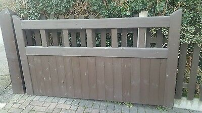 Wooden Double Entrance Driveway Gates Timber Garden Gate