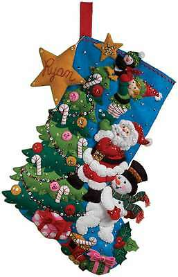 The Finishing Touch Stocking Felt Applique Kit-18 Inch Long 046109862781
