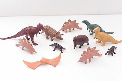 11 Vintage Invicta Natural History Museum Dinosaurs Bundle 1980s