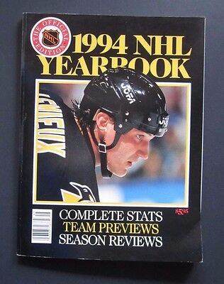 1994 Official Edition Nhl Yearbook Mario Lemieux Hockey