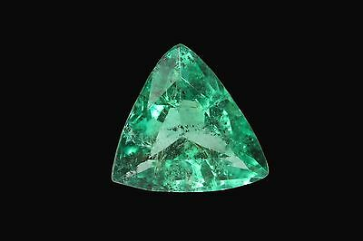 Trillion Cut 6.22 Carat Beautiful Natural Colombian Emerald Forest Green Gem