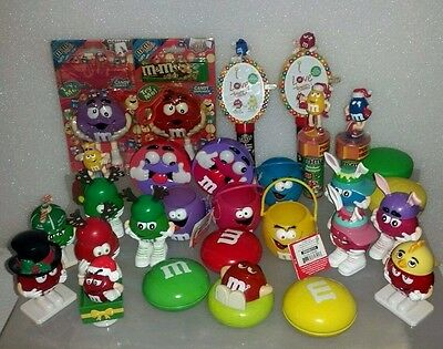 M&M's COLLECTIBLES LOT OF 30 FIGURINES, DISPENSERS AND CONTAINERS - UNIQUE