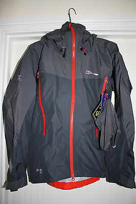 Berghaus Asgard II Jacket Size Small BNWT Mint Condition