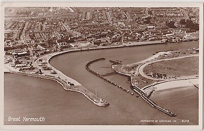 Rp Great Yarmouth And Gorleston From The Air Real Photo By Aerofilms Posted 1954