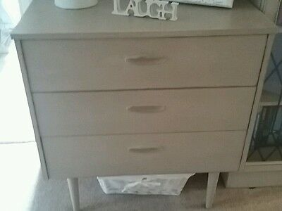 Shabby Chic chest cabinet drawers