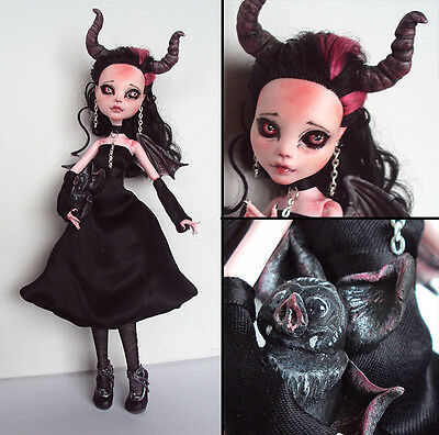 Monster High Custom Repaint OOAK Little Imp Draculaura