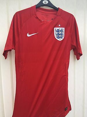 NIKE Men's Size Small England FC Shirt BNWT