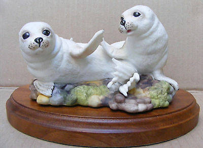 The Young Seals By Alan Maslankowski (Franklin Mint & The Mammal Society)