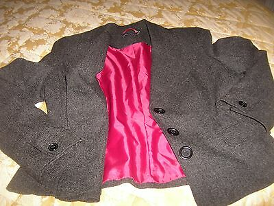 Ladies Grey Suit Jacket size 16 very good condition