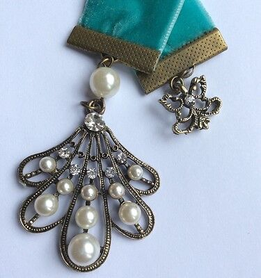 Gorgeous Teal Velvet Bookmark/Antique Bronze Charms, Aus Made, book mark, books