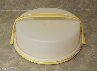 """Tupperware 9"""" Round Pie Cake Container Keeper Handle Harvest Gold Taker"""