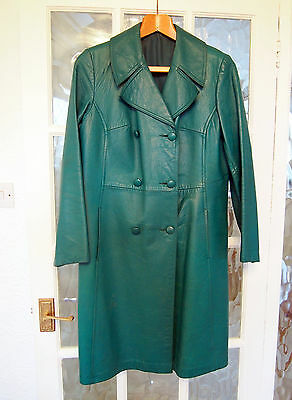 Womens Vintage 70's Green Leather Trench Mac Coat.