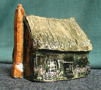 Sulleys miniature pottery witches cottage Kirby model 2.1/2 inches tall