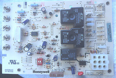 Honeywell ST9103A1069 Electronic Fan Timer Circuit Board Lennox Furnace -New