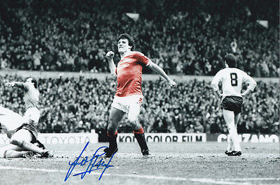 FRANK STAPLETON Signed Photo MANCHESTER UNITED Autograph Memorabilia