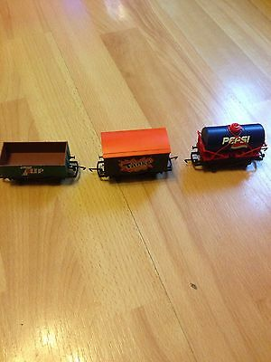 Hornby Train Carriages Pepsi Tango 7Up - 00 Guage