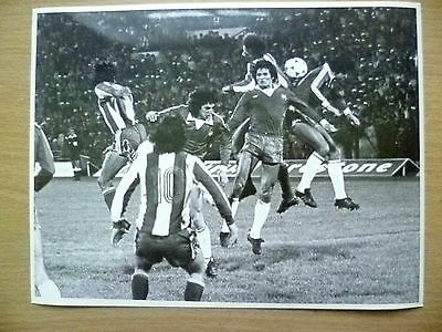100% Press Photo-1981 Chile's L Garrida, R Dubo, R Valenzuela Action to Goal