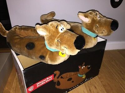 Warner Bros Store Exclusive Scooby Slippers Size M