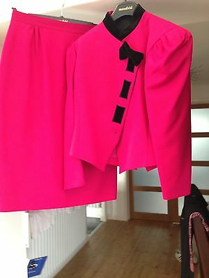 Ladies Cerise Pink Two Piece Suit by Mansfield size 14