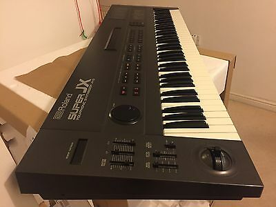 ROLAND JX10 12-Voice *76-Key ANALOGUE Synthesizer Excellent Cond