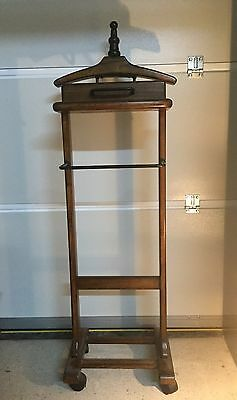 Vintage Retro Style Suit Stand