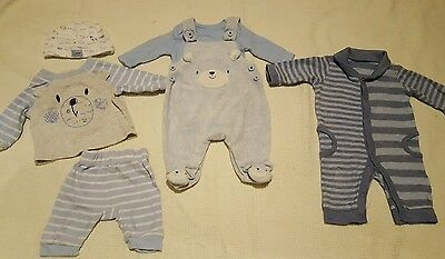 baby boys newborn first size blue bear outfits