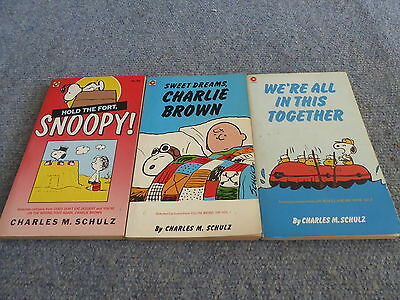 3 Collectable Snoopy Peanuts Vintage books - Good condition