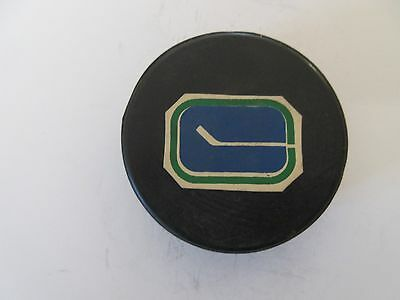 Vancouver Canucks Original Logo Rawlings Puck Rubberized Logos