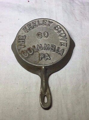 """The Keeley Stove Co. Columbia PA Advertising Cast Iron Miniature Frying Pan 2.5"""""""