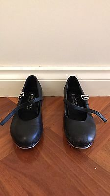 Kids tap shoes size 13