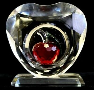 Garden Star Crystal Glass Heart  Red Apple Ornamental paper weight Gift Boxed