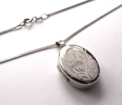 Vintage Sterling Silver Oval Locket And Silver 18 Inch Chain