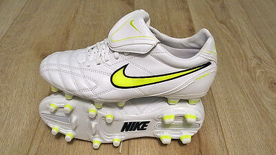 NIKE TIEMPO - NEUVE - Taille 41 - Chaussures de football homme - blanche