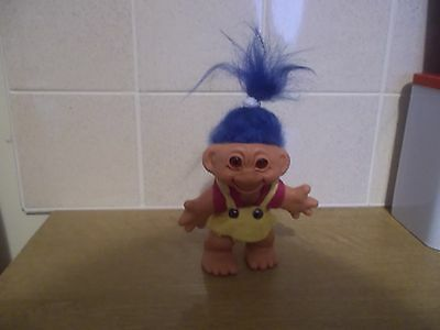 dam girl troll doll made in the early 1960s with blue hair all original