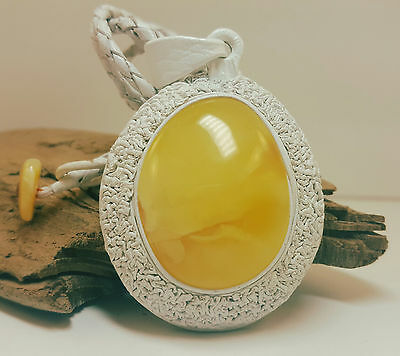 Necklace Natural Baltic Amber Stone 22,7g Butterscotch Real Leather White A-389
