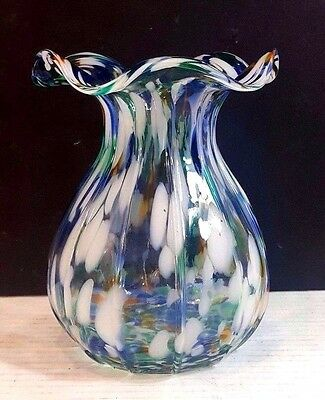 Colorful Contemporary Art Glass Vase With Scalloped Rim
