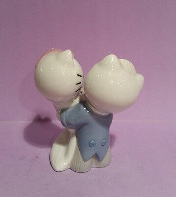 Hello Kitty Gets Married - Nao by Lladro - Handcrafted Spanish Porcelain