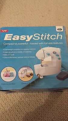 Easy Stitch compact, powerful sewing machine