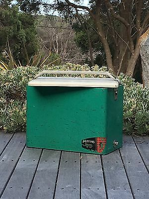 Vintage METTERS Ice Box Esky Surf Green / Old Car Retro