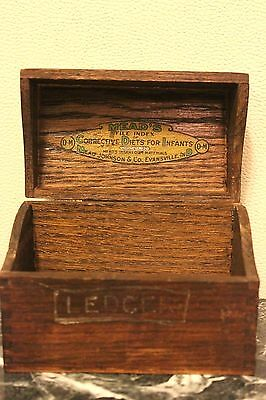 1921 AMERICAN Meads Oak Wooden box Corrective diet for infants NEEDS ATTENTION