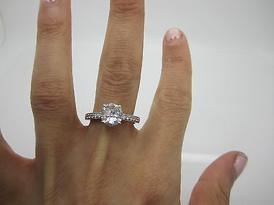SIZE R SOLID SILVER WIDE ENGAGEMENT Ring CENTRAL STONE & SET WHITE STONES 925