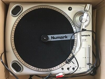 Numark Turntable TT USB Vinyl player