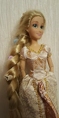 Disney Store Tangled Wedding day bride rapunzel Barbie style doll