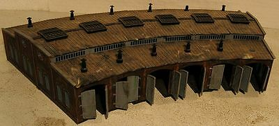 N Scale Built Roundhouse 6 Bay............Scroll Down