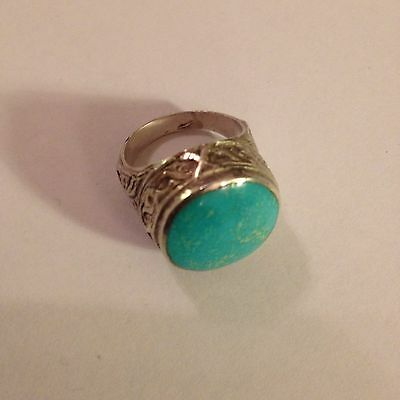 Unusual Vintage Turquoise And Silver Ring
