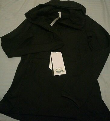 NWT lululemon Run For Cold Pullover - Size8 black